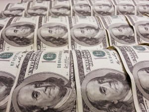 money-95793_960_720_Fotor