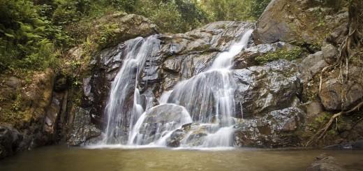 waterfall-981042_960_720
