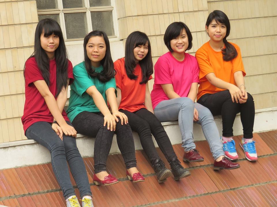 girl-928346_960_720